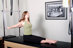 Pilates Studio Cadillac Demonstration